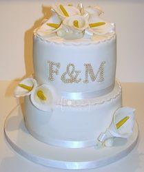 Calla Lili Wedding Cake #CallaLilli #WeddingCake  www.laforgeagateaux.com