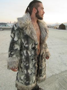 Can Faux Fur Replace Real Fur? – Attire Club by Fraquoh and Franchomme Unique Costumes, Men's Costumes, Mens Fur, Rugged Style, Latest Mens Fashion, Fur Collars, Festival Outfits, Mantel, Nice Dresses