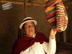 Bolsa confeccionada a mano. Chimborazo - Ecuador.