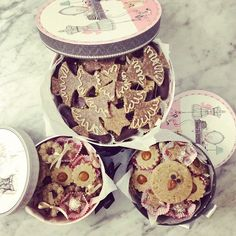 special delivery raw vegan cookies - made with love Special Delivery, Vegan Sweets, Raw Vegan, Bakery, Decorative Boxes, Cookies, Instagram Posts, Crack Crackers, Biscuits