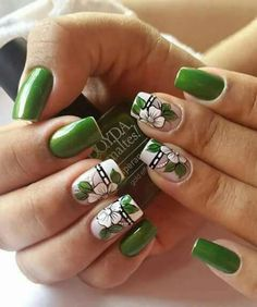 Elegant Nail Art, Pretty Nail Art, Colorful Nail Designs, Nail Art Designs, Irish Nails, Funky Fingers, Nail Art Techniques, Green Nails, Flower Nails