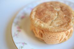 pumpkin ice cream snickerdoodle sandwiches - make these tonight!