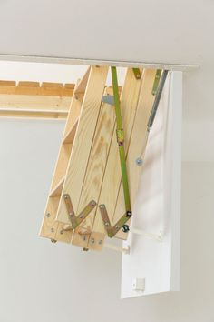 Dolle ClickFix Mini Timber Folding Loft Ladder - Uses the unique patented ClickFix technology to offer a much quicker and simpler assembly compared to other traditional loft ladders. Incorporates one of the small size hatches from the Dolle range to offer Attic Loft, Attic Stairs, Woodworking Bed, Woodworking Projects, Small Space Stairs, Mini Loft, Small Loft, Stairways, Loft Ladders