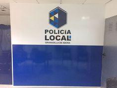 Decoración de pared para dependencias de la Policía Local de Granadilla de Abona. Granada, Tech Logos, Vinyls, Art, Grenada