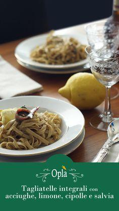Tagliatelle integrali con sugo di cipolle, acciughe, salvia, limone #tagliatelle #italianfood