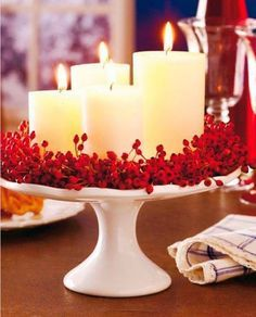25 Red and White Christmas Decoration Ideas Need some cool ideas and inspiration to decorate your home this holiday Season? Check out these 25 Red and White Christmas Decoration Ideas and have fun! Noel Christmas, Winter Christmas, All Things Christmas, Christmas Candles, Simple Christmas, Advent Candles, Magical Christmas, Elegant Christmas Decor, Homemade Christmas