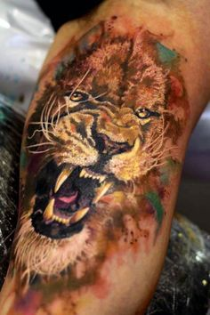 #lion #amazing #tattoo #franltattoo #fierce #animal #wild #strong #eletricink #king #jungle
