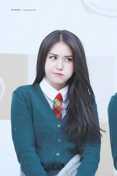 Jeon Somi, Kim Sejeong, Beauty Full Girl, India Beauty, Queen, Korean Beauty, Ulzzang Girl, Korean Girl Groups, Kpop Girls