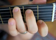 10 children's songs that can be played with 2 chords