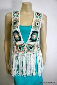 Chaleco a crocyelek het Yelek Crochet Vest Pattern, Crochet Jacket, Crochet Blouse, Crochet Halter Tops, Knit Crochet, Crochet Granny, Estilo Fashion, Freeform Crochet, Crochet Woman