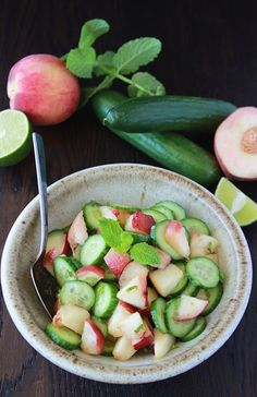 Peach, Cucumber, Mint Salad is a refreshing salad for summer! Cucumber Benefits Skin, Cucumber Mint Salad, Salad Sandwich, Health Eating, Summer Salads, Healthy Habits, Salad Recipes, Peach, Vegetarian