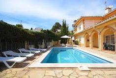 Wunderschöne Villa mit eigenem Schwimmbecken in Fußnähe zum Zentrum von Lloret de Mar, dem Strand und den Supermärkten.