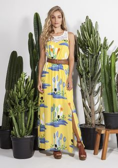 Vestido viscose longo com aplicação renda guipir decote e costa - Longos - Vestidos