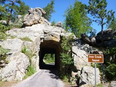 Tunnel Custer State Park SD Route panoramique Needles road scenic road #PleinAirEnVR