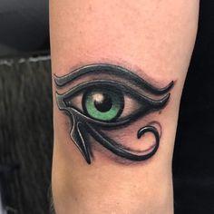 Eye of Horus tattoo - Evil eye Tattoo Ankh Tattoo, Eye Of Ra Tattoo, Hand Tattoos, Body Art Tattoos, Sleeve Tattoos, Tribal Tattoos, Tattoos For Guys, Small Tattoos, Unique Tattoos