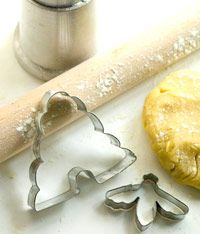 skep beehive and honey bee cookie cutters