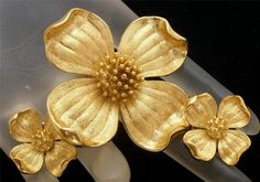Vintage Crown Trifari Dogwood Set Demi Brooch Earrings Gold Tone Book Set | eBay