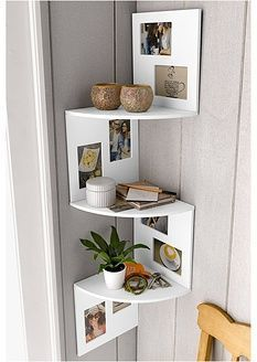 Living room furniture placement ideas floating shelves ideas for 2019 Living Room Shelves, Living Room Tv, Living Room Kitchen, Living Room Furniture, Kitchen Decor, Diy Kitchen, Kitchen Storage, Kitchen Shelves, Corner Shelves Living Room
