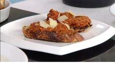 Daniel ensina todos os detalhes para o preparo de um Papardeli com Ragu de Carne de Porco. Ragu é um tradicional molho a base de carne cozida, uma tradição de origem italiana usado para massas. O Papardeli é uma massa feita de farinha 100% grano duro, ovos e água mineral e tem forma de tiras compridas. A união desses dois alimentos italianos são uma verdadeira delicia.<br/><br/>Veja todos os vídeos do <a href=http://www.band.com.br/diadia/receitas.asp>Dia Dia</a>.