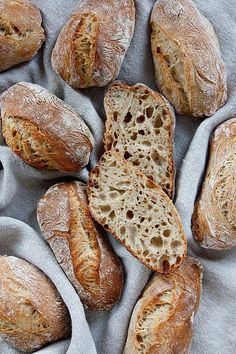 Fashion and Lifestyle Bread Bun, Pan Bread, Bread Rolls, Bread Baking, Rolls Rolls, Puff Pastry Recipes, Pizza Recipes, Bread Recipes, Kenwood Cooking