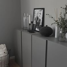 ☀️ jag och mini tog oss en promenad/cykeltur till mina f… What a day we got! Living Room Storage, Living Room Interior, Home Living Room, Ikea Inspiration, Beautiful Interior Design, Living Room Pictures, Scandinavian Home, Home Bedroom, Sweet Home