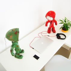 An unique lamp, custom painted to match your style! You can control the color & intensity of the light using your mobile