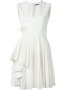 Comprar Alexander McQueen vestido plisado en O' from the world's best independent boutiques at farfetch.com. Descubre 400 boutiques en 1 sola dirección.