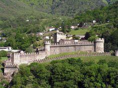 PINTEREST.COM.\CASTLES OF SWITZERLAND | Castles / Bellinzona, Switzerland