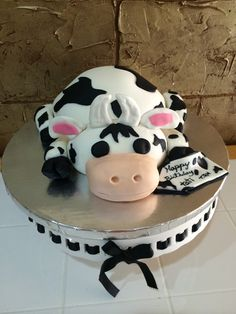 1000 Images About Cow Cakes On Pinterest Cow Cakes Cow