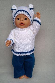 Puppenpullover, -mütze und -hose von Marie & Mariechen auf DaWanda.com