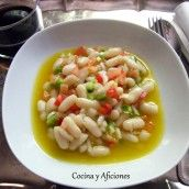 Ensalada de alubias blancas con vinagreta de yema, receta paso a paso