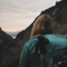 Der Wilde Kaiser bietet neben dem kurzen & knackigen Klettersteig Klamml und dem Übungsklettersteig an der Südseite auch noch zwei lange und anspruchsvolle Klettersteige auf der Nordseite an.  Einsteiger finden im Wochenprogramm des Tourismusverbandes sowie in den Bergführern der Region ideale Voraussetzungen um ihre ersten Schritte in der Kombination von Fels und Stahl sicher zu absolvieren.  #einfachglücklich😃 #feelactive😊#mountainslove💚 #APARTdeluxefeelsgood🌞#wilderkaiser🌄#tirol👍 Nordic Walking, Rafting, Wilder Kaiser, Berg, Skiing, Bike Trails, Mountain Range, Hiking Trails, Summer Vacations