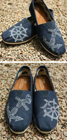 Kinda cool Tom, Kinda Cool Printed Nautical Toms <3 #anchor #supertrendy