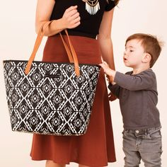 Petunia Pickle Bottom Diaper Bag Downtown Tote Glazed Secrets of Salvador #laylagrayce