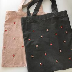 japanese embroidered silk art - Projects to Try embroidery sweets embroidery inspiration embroidery beautiful Embroidered Gifts, Embroidered Clothes, Embroidered Silk, Embroidery Bags, Japanese Embroidery, Cross Stitch Embroidery, Fabric Gift Bags, Silk Art, Linen Bag