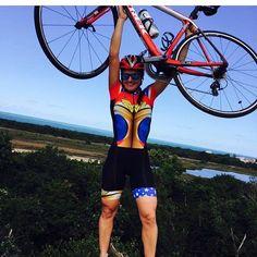 Sextouuu uhuhuh!! Um super final de semana para todos!!  #frenesibrasil #pedalabrasil #frenesicali #bike#bikelife #bikelove #mtb #mtbbrasil #voudebikeesaltoalto #bikenaterra #pedallivrefotos #prefiropedalar #escolhipedalar #voudebike #cycling #cyclingphotos #cyclinglifg #bikestyle #lookofthedy #instaphotos #clicknabike #bikesgirls #bikelovers #clicknopedal #borapedalar #mundodasbikes #mundodasmagrelas #divasnabike #familiadabike