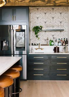 Home Decor Kitchen An Insider's Look: Tour The New Queer Eye Loft - Front Main.Home Decor Kitchen An Insider's Look: Tour The New Queer Eye Loft - Front Main Home Decor Kitchen, New Kitchen, Interior Design Living Room, Home Kitchens, Living Room Designs, Kitchen Wall Paper Ideas, Kitchen Modern, Eclectic Kitchen, Small Kitchens