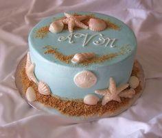 "Love this beach cake with vanilla wafer & brown sugar ""sand""!"