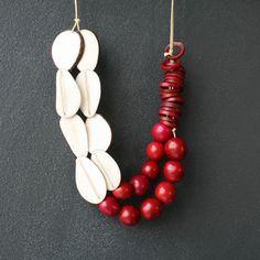 Rojo Y Blanca Necklace #diversostudio #dianasamper #handmadejewelry