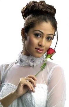 Actress Sada Or Sadha - Indian-Film.org is a place where you can share cute lovely photos of your favourite actors/actresses. - www.indian-film.org