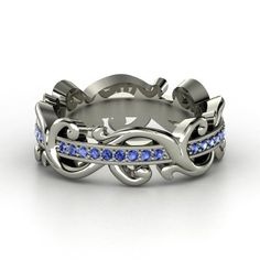 I am in love with this ring -