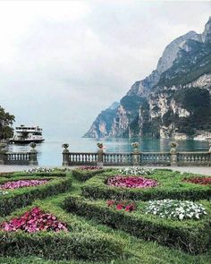Italy, the country of beauty, fashion, history and culture has been considered as one of the most generalized tourist destinations in the world. The Places Youll Go, Places To Visit, Lake Garda Italy, Italy Landscape, Landscape Design, Italian Lakes, Seen, Italy Travel, Beautiful Landscapes