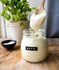 Vegansk Mayonnaise –Opskrift på vegansk mayo på 5 minutter Tofu, Glass Of Milk, Olie, Golf Ball