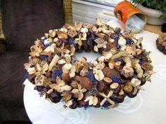 Taarten maken met noten en kastanjes en hergebruiken en omvormen tot nieuwe creaties.