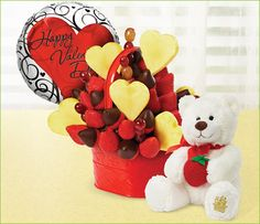 Edible arrangements for valentines day.