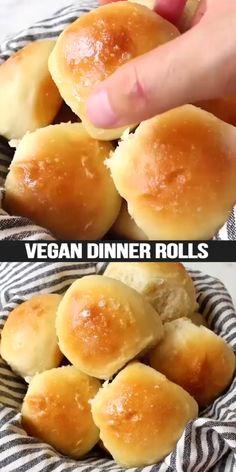 Vegan Dinner Roll Recipe, Dinner Rolls Recipe, Vegan Dinner Recipes, Raw Food Recipes, Mexican Food Recipes, Cooking Recipes, Vegan Baking Recipes, Vegan Recipes Videos, Recipe Videos