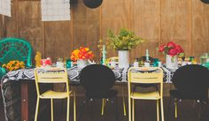#weddingtable #Mexicanstyle #wedding 'Mexican-inspired' wedding shoot. Styling by @placesandgraces. Flowers by @beaufloral. Photography by @capturedbykeryn