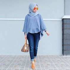 Pin by hasna uswatun nisa on casual hijab style хиджаб шик, Hijab Casual, Hijab Chic, Modern Hijab Fashion, Muslim Fashion, Hijab Dress, Hijab Outfit, Modest Outfits, Casual Outfits, Fashion Outfits