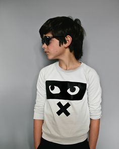Great jumper with Beau LOves' super cool Eye print with a big, fat X under! @cozykidz