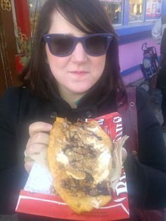 Her first BeaverTails pastry!  via @tfalcone